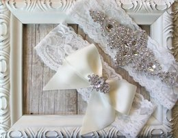Wholesale Hot Sales Sexy lingerie Lace Bridal Garters High Quality Stunning Bow Crystal Wedding Leg Garters Wedding Accessories L57