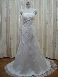 Wholesale Dress the new lace flowers Wedding dress the bride Neat Sheath Wedding Dresses