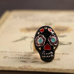 Wholesale Retro womens Punk Hip Hop Skull Ring New Vintage Lady Rings