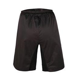 Wholesale de la venta caliente nuevo sólido de microfibra de poliéster Boxe hombres Mma Shorts Pantalones de entrenamiento transpirable rentable patín elástico del paño