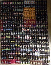 Gros épingles Badge épinglet à pinter Vente Broches commerciales LANYARDS GRANDE TAILLE AVEC DOS CARTES Lot 50,100,150,200