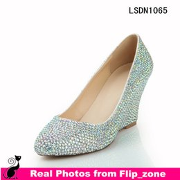 Wholesale Bling Crystal Wedge Heel Wedding Shoes for Girls with Pointed Toe High Heels Rhinestone Bridal Evening Party Prom Bridesmaid Dresses Shoes