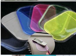 500pcs Новый Силикагель автомобилей Мат Магия Sticky Pad против скольжения Номера Коврики для скольжения iPhone 4 5 6 5C IPhone Plus PDA MP4 Samsung GPS S4 S5 Примечание 4