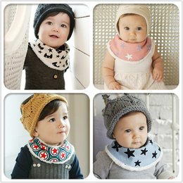 Wholesale Feeding Clear Triangle Baby Bandana Scarf baby bibs Autumn and winter to keep warm upset Kid Head Scarf Bibs Burp Cloths
