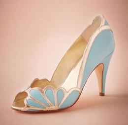 Wholesale Real Blue Wedding Shoes Vintage Bridal Isabella Scalloped Heel Kitten PU Peep Toe Custom Made Sandals Pumps Sexy Elegant Prom Shoes
