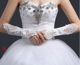 Wholesale Bridal Gloves Lace embroider Sewing beads glove new best selling