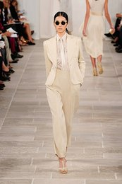 Wholesale custom made fashion beige women Tuxedos suits for women peaked Lapel one button women suits wool blend two piece Suit Jacket Pants tie