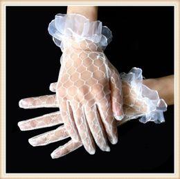 Wholesale XY0036 New Gloves luva de noiva Hot Sale Fashion White Lace Wedding Gloves for Women luvas para noivas Elegant Beautiful Bridal Glove