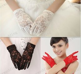 Wholesale High Quality Wedding Party Bridal Gloves Lace Bride White Red Black Colors Bridal Accessories Waist Length With Finger Banquet Glove
