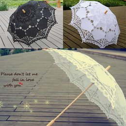 Wholesale Cheap Lace Parasol Bridal Battenburg Umbrella Fashion Hollow Bridesmaid Formal Outside Garden Wedding Ceremony Girls Parasols