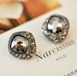 Wholesale 2015 Vintage Crystal Stud Earring Blue Green Black Square Style