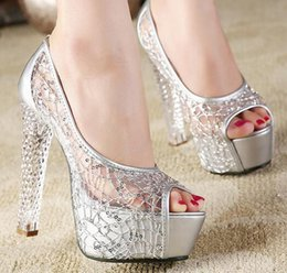 Wholesale 2016 New Crystal Bride Shoes Silver Wedding Sandals Sexy Rhinestone Gold Heels Elegant Evening Shoes Crystal Prom Shoes