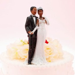 Wholesale Bride Groom Cake Toppers Wedding Decorations New Arrival Romantic Doll Wedding Favors Charming Wedding Cake Supplies High Quality CGL52