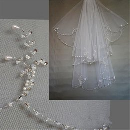 Wholesale 2015 Hot Sale two layer sexy Crystal Pearl Exquisit Beaded Unique Wedding Bridal Veil Fingertip Length