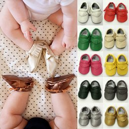 Wholesale 36 Style For Choose Baby Soft Leather Tassel Moccasins Girls Bow Moccs Baby Booties Toddler Solid Colour Tassel Shoes Moccasin