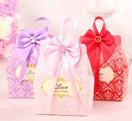 Wholesale Hot Sale Romantic Candy Boxes Bow Ribbon Purple Pink Red Favor Holders For Wedding Gifts Holders Box Supplies Cheap In stock
