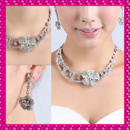 Wholesale 2015 Cheap Fashion Silver Bridal Wedding Party Prom Women Bridesmaid Jewelry Sets Low Price Choker Clasps Necklace Clip Chandelier Earrings