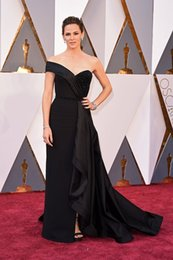 Wholesale 2016 New Sexy Evening Dresses Jennifer Garner in Valentino th Oscar Cap Sleeves Off Shoulder Black Split Beads Prom Party Celebrity Gowns