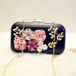 Luxury Crystal Clutch Evening Bag White Black Flower Party Purse Women  Wedding Bridal Phone Handbag Pouch Pearl Soiree Pochette a52000d9134b