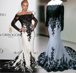 Wholesale 2016 Red Carpet Evening Dresses Black and White Mermaid Sheer Crew Neck Long Sleeves Lace Formal Gowns Elie Saab Celebrity Gown