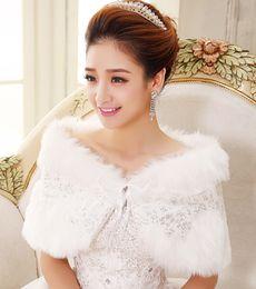 Wholesale White Sequins Fall Winter Warm Faux Fur Shrug wedding Shawl With Lace Women Bride Prom Party Bridal Wraps Jacket Women bolero Jackets