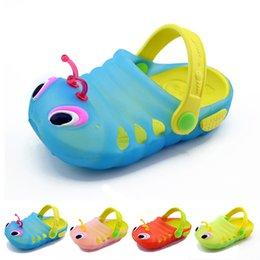 Wholesale Sandal kids summer girls beach soft sole shoes Caterpillar slippers babies toddler boys carpenter worm hole shoes cheap HX