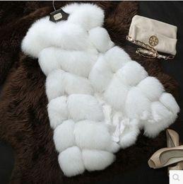 Wholesale New Winter Coat Women Fashion Import Overcoat Whole Peel Fox Fur Vest High Grade Cappa Fur Coat Leisure Shitsuke Women Coat