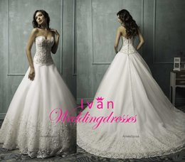 Wholesale Glamorous Princess Ball Gown Wedding Dresses with Sweetheart Sheer Lace Applique Covered Buttom Custom Made Chapel Train Bridal Dress AS1269