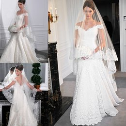 Wholesale Best Selling Blusher Wedding Veil Cathedral Length Lace Applique Bridal Veils Bride Veil Spring Fast Shipping Wedding Veils