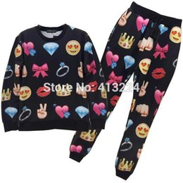 Wholesale Mikeal emoji tracksuits for women men d joggers and sweatshirts suit diamond lips crown casual hoodies long pant Z36