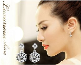 Wholesale Trendy Crystal Earring Flower Earrings for Girls Simulated Diamond Jewelry Woman Accessories Y044