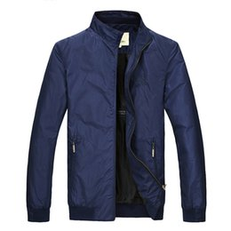 Wholesale Men Brand Burberryy Down Coat Men Coat Winter Overcoat Outwear Jacket Men fashion simple casual warm coat comfortable jacket