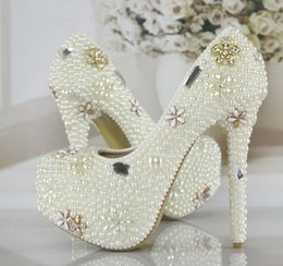 Wholesale New Luxurious Pearls Crystals Wedding Shoes White Ivory Custom Made Size cm High Heel Bridal Shoes Party Prom Women Pumps
