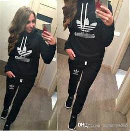 Wholesale 2016 Europe casual Sweater Hoodie zipper Sweater suit Brand New Stylish Ladies Tracksuits Sport Suit Two Pieces