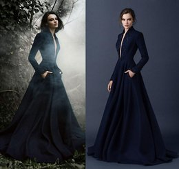 Wholesale Long Sleeves Plunging V Neck Zuhair Murad Evening Dresses Embroidery A Line Celebrity Prom Gowns Fall Winter with Pockets