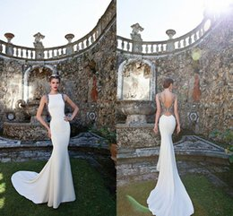Wholesale Tarik Ediz Couture Spring Formal Mermaid Evening Dresses Applique Bateau Neck Sleeveless Backless Sweep Train Prom Gowns Customized