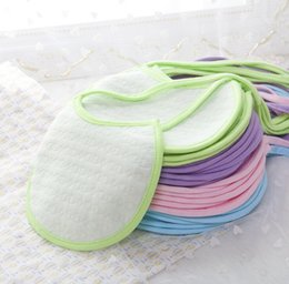 Wholesale HIGH QUALITY Infant Cotton Towels Baby bibs Burp Cloths Baby Wear accessories Kids Cotton Apron Handkerchief Children Plain Bibs