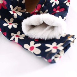 Kid Girls Floral Print Fleece Lining Denim Jeans Pants Little Princess Patchwork Strap Pocket Winter Soft Warm Western Fashion Pants