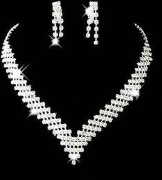 Дешевые свадебные Свадебные комплекты ювелирных изделий девушки серьги ожерелья кристаллов Формальное Christmas Party Стразы Аксессуары 2015 Самые продаваемые TS003