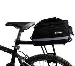 Wholesale Après l emballage de plate forme de vélo Sac d emballage de sac L équipement de vélo de montagne dans le paquet de nylon avec la couverture de pluie après le paquet de cadre arrière