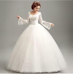 Wholesale Luxurious lace deep v neck long sleeved Korean princess bride wedding dress winter latest