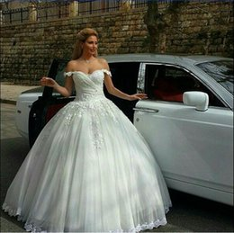 Wholesale 2015 Vintage Ball Gown Wedding Dresses Cap Sleeves Lace Appliques Tulle Long Floor Length Plus Size Formal Bridal Gowns Custom made