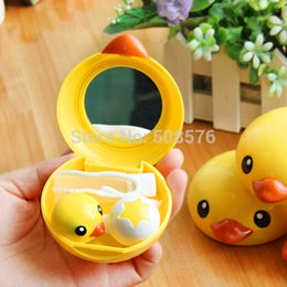 Wholesale Wholesales New kawaii yellow duck shape contact lenses case cute fashion gifts eyewear Cases box