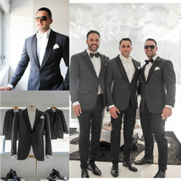 Wholesale Custom Made Groom Tuxedos Tailcoat Lapel One Button Tuxedos Suits For Man Three Pieces Wedding Tuxedos Groomsman s Wears Jacket Pants