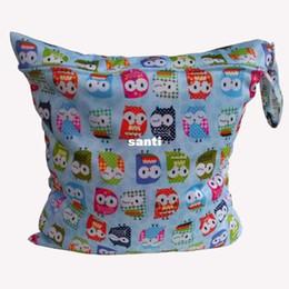 Wholesale Fashion Hot Baby Protable Nappy Reusable Washable Wet Dry Cloth Zipper Waterproof Diaper Bag
