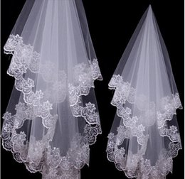 Wholesale 2014 Cheap Bridal Veils One Layer Lace Netting Three Meters Red Short Veils White Ivory Lace for Cathedral Beach Garden Wedding Prom Dress