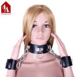 Wholesale Davidsource Black Leather Heavy Metal Chain Lockable Collar Handcuffs Positioning Gear Slave Bondage Fetish Sex Shackles