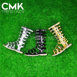 Wholesale CMK KS100 New Arrival Girls Strappy Gladiator Comfort Flat Sandals Black Gold Silver With Star on Front Kids Summer Shoes
