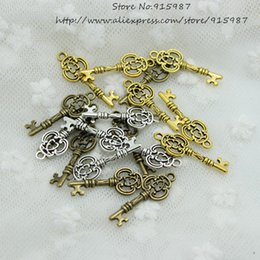 Wholesale 100pcs mm Three Color Vintage Metal Alloy Keys Jewelry Charms Jewelry Pendant Fit Jewelry Making Pendants D0560