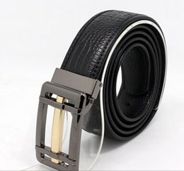 Wholesale Gray buckle design with streamline belt body which is leather belts for men with favorable price and fine quality